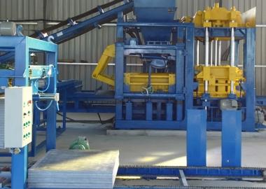 Máy gạch không nung Tâm An || máy ép gạch bê tông || brick making machine