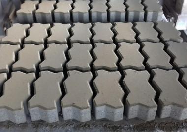 Máy tách gạch thu khay palet công ty DmC (Đoàn Minh Công )