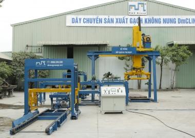 Hệ thống tách dồn lật xếp gạch tự động lắp tại cty Hòa Phát Nam Định